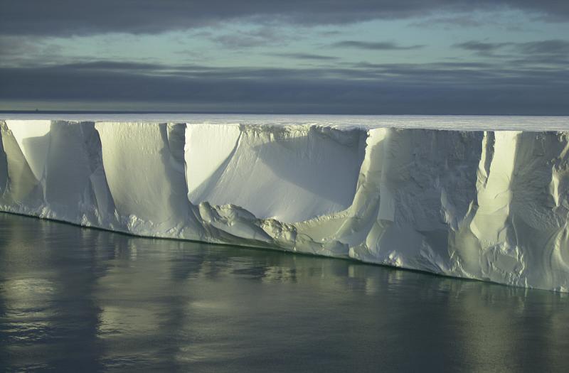 Plateforme de glace de l'Antarctique (Crédit : Georges Nijs)