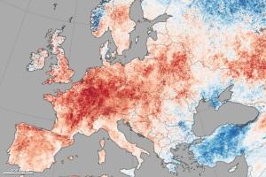 Anomalies de températures pour le mois du 30 juin au 9 juillet 2015 (Source : NASA Earth Observatory, images Jesse Allen, données MODIS).